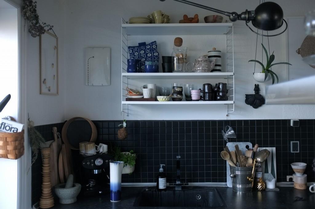 String reol i køkkenet