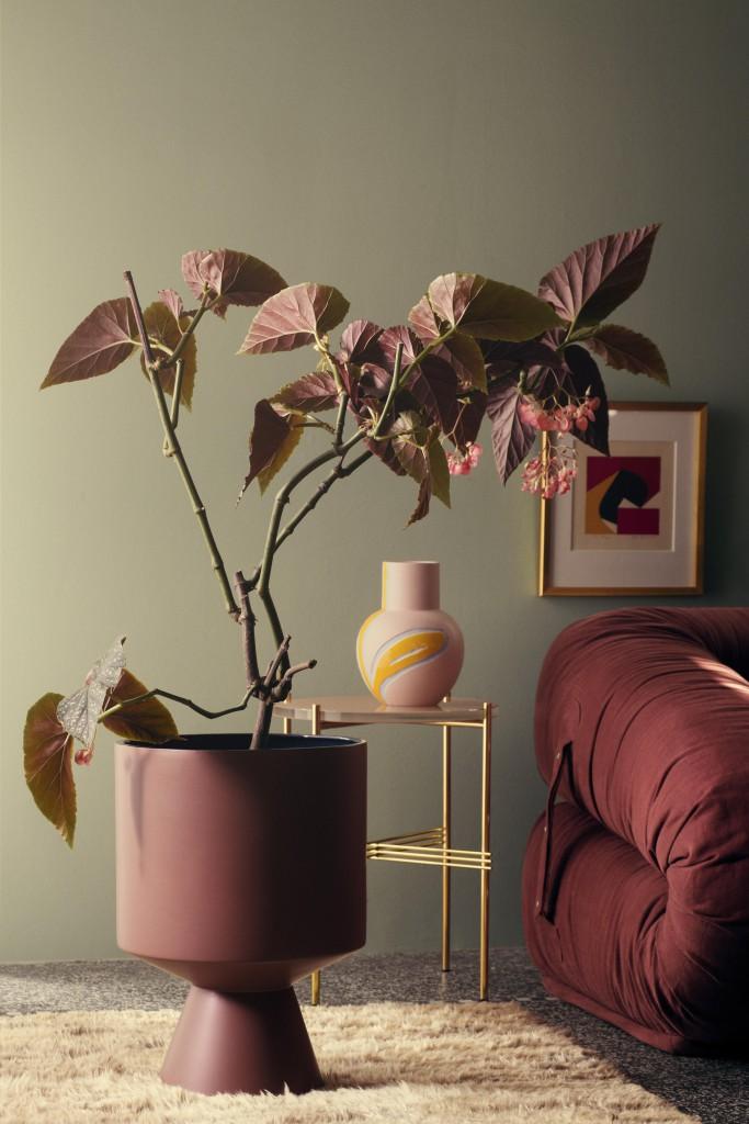 fiora-floor-pot-h500-bordeaux-vase-pink-h-250_high-resolution-jpg_308070